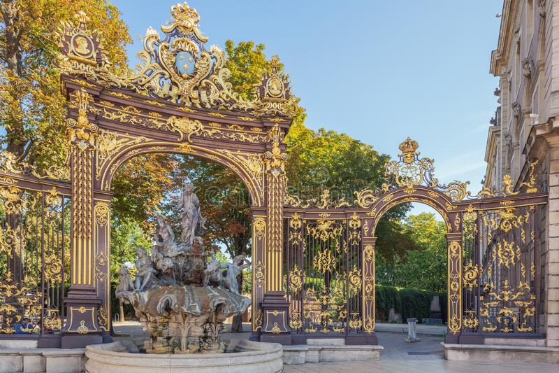 De toegangspoort aan het Pepiniere-Park van Stanislas Square stock fotografie