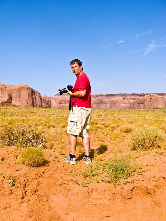 De toerist, mens neemt beelden royalty-vrije stock afbeeldingen