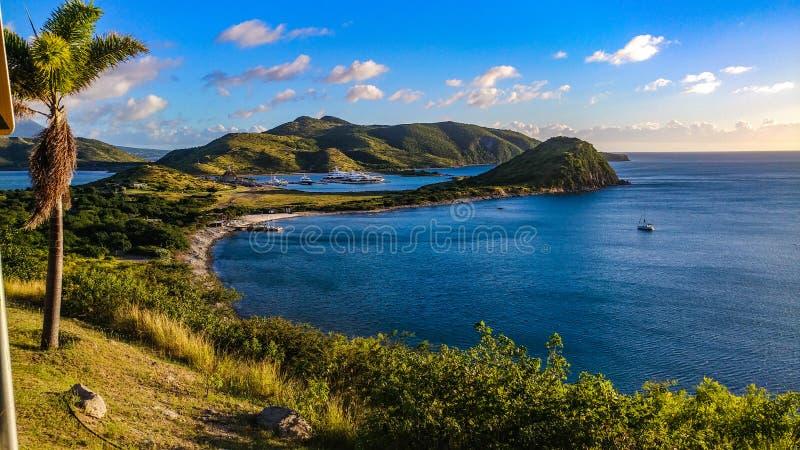 de toerist van de het eilandreis van de moederaard royalty-vrije stock afbeeldingen