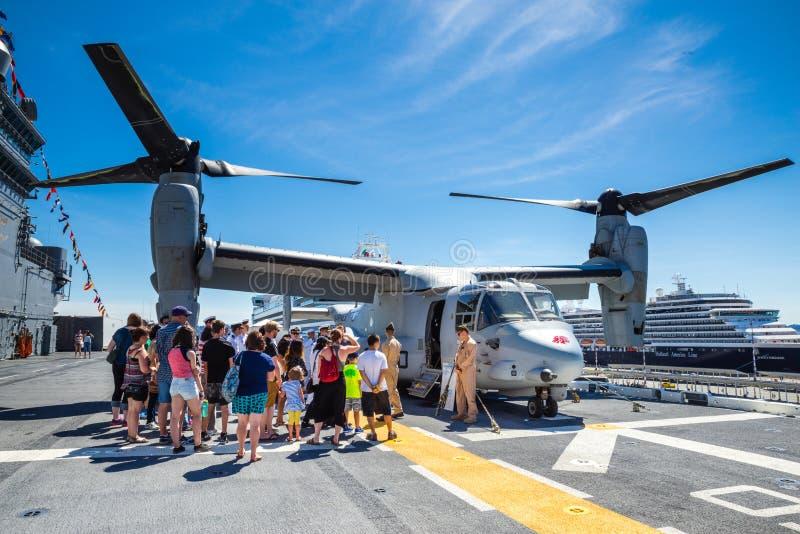 De toerist van Seattle Seafair op de USS-Bokser royalty-vrije stock fotografie