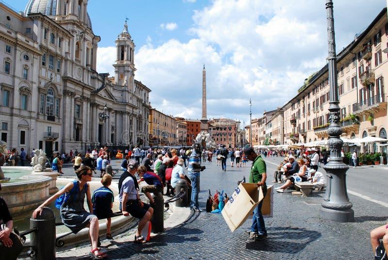De toeristen in de stad Navona van Rome plaatsen op 29 Mei, 2014 royalty-vrije stock foto's