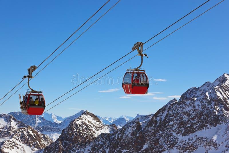 De toevlucht van de bergenski - Innsbruck Oostenrijk stock fotografie