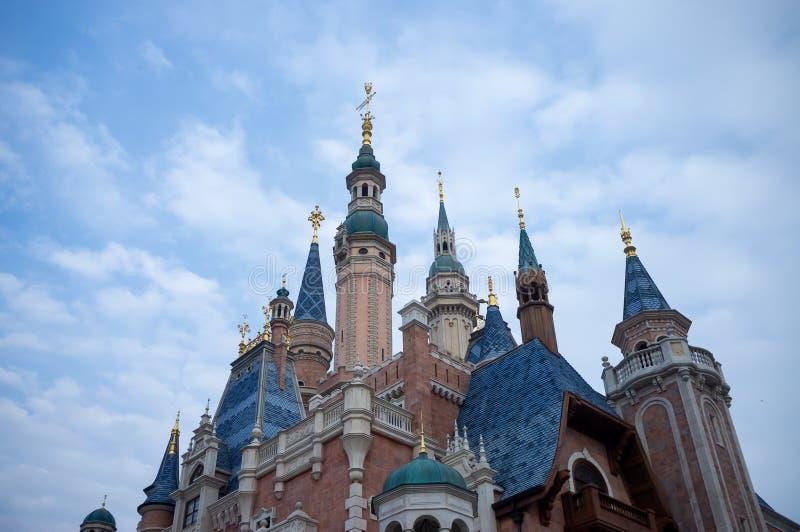 De Toevlucht van Shanghai Disney stock afbeeldingen