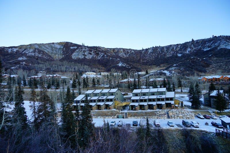 Download De Toevlucht Van De Snowmassski Redactionele Afbeelding - Afbeelding bestaande uit hoog, gevaarlijk: 107709000