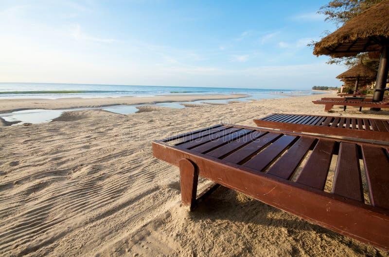 De toevluchtstoel van het strand stock fotografie