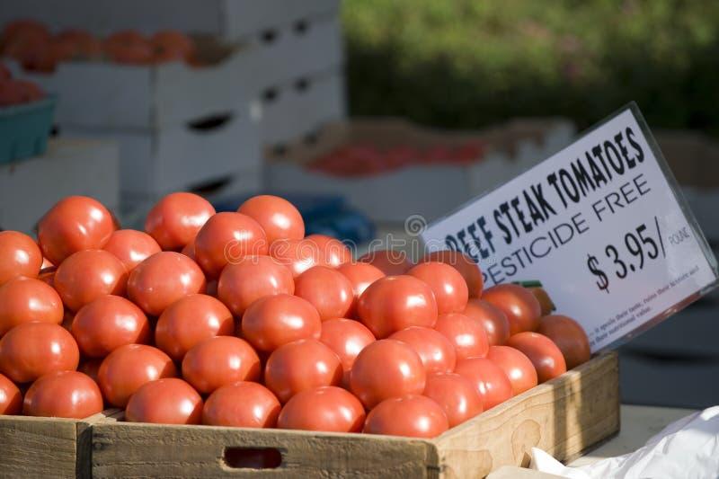De tomaten van de Markt van landbouwers stock foto's