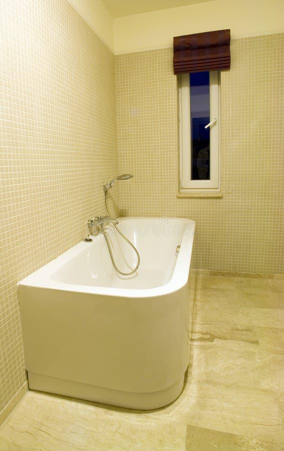 De ton van de badkamers stock afbeeldingen