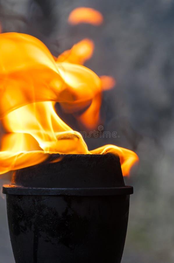 De toortsbrand van het olie vlammende metaal royalty-vrije stock foto's
