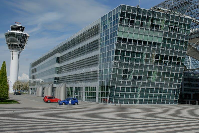 De toren en de bouw van de luchthaven royalty-vrije stock foto