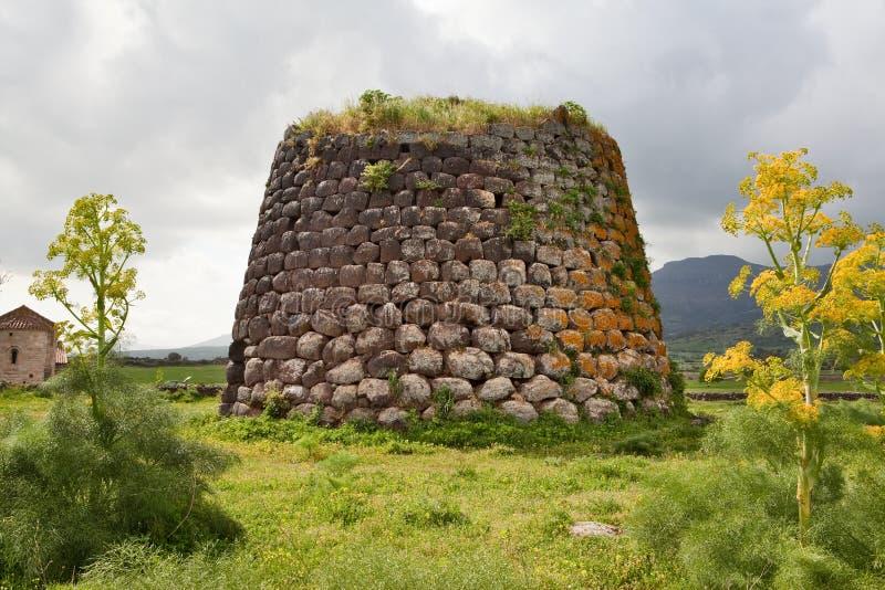 De toren Sardinige Italië van Nuraghe royalty-vrije stock foto