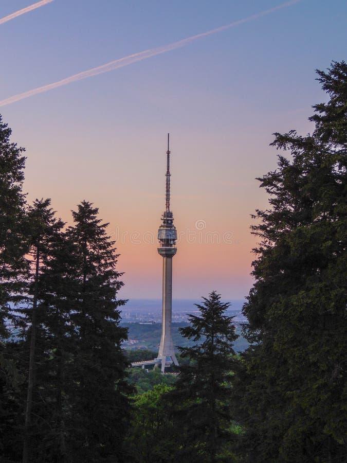 De toren van Avala stock foto
