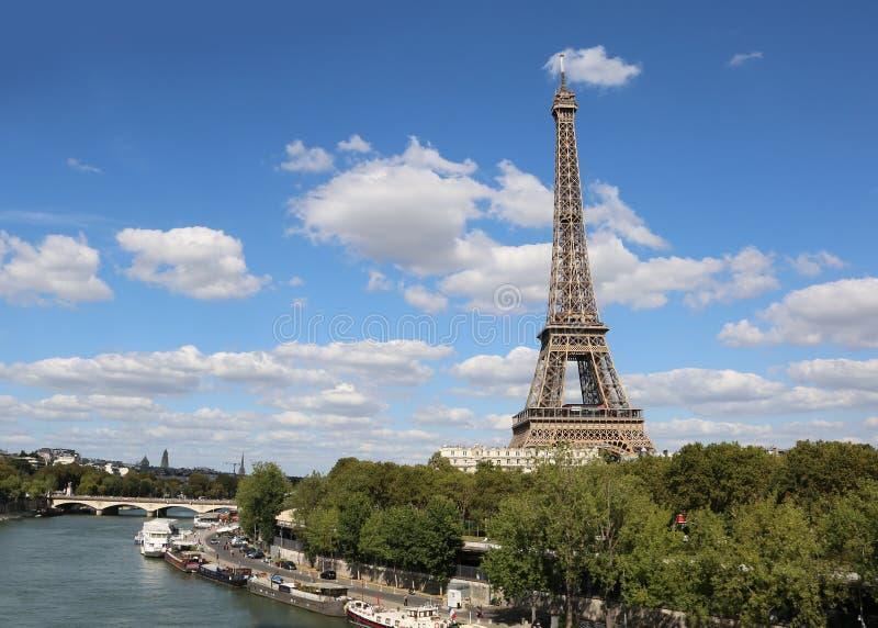 De Toren van Eiffel in Parijs Frankrijk royalty-vrije stock foto