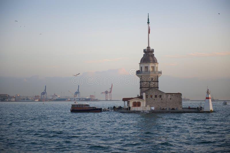 De Toren van het meisje in Istanboel stock foto