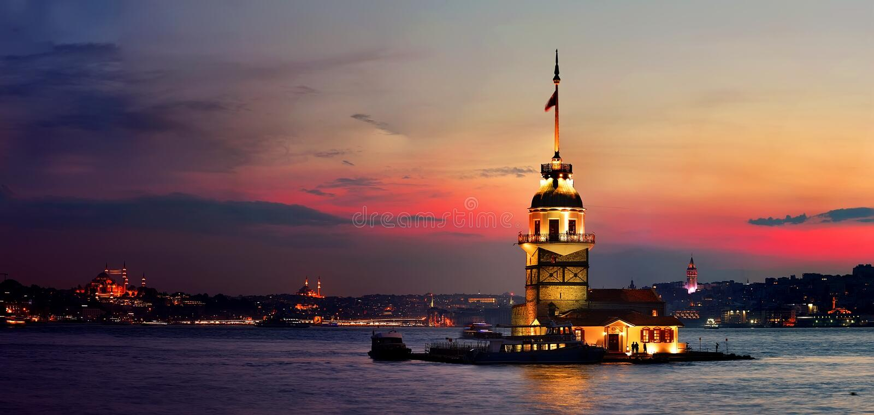 De Toren van het meisje in Istanboel stock afbeelding