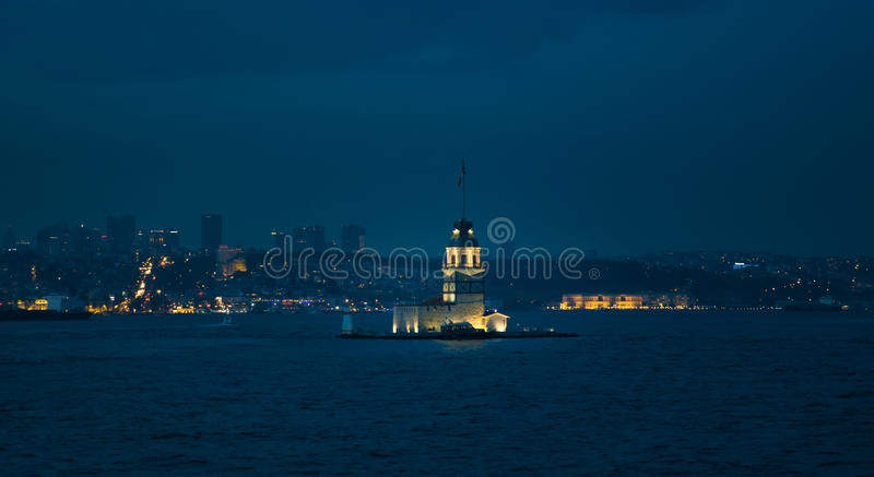 De Toren van het meisje `s in Istanboel royalty-vrije stock afbeeldingen