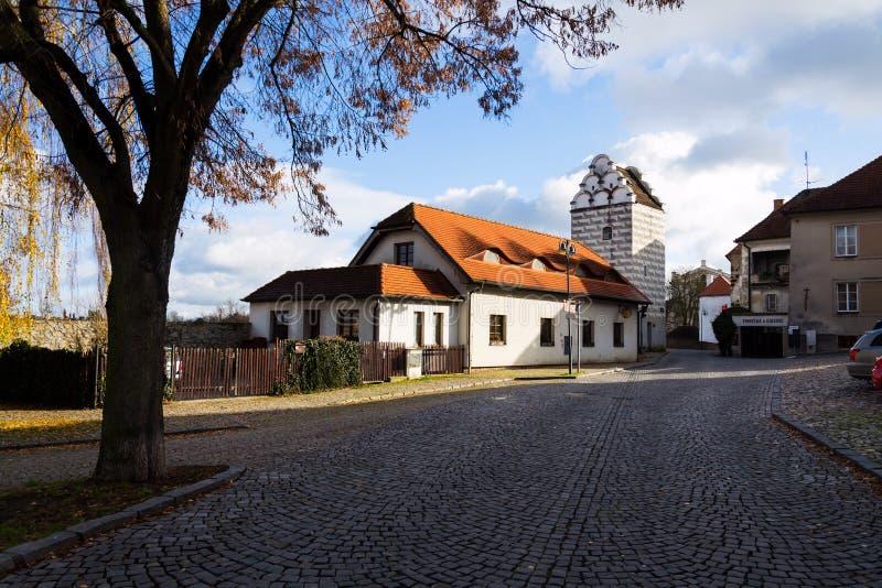 De toren van het renaissancewater in Marktvierkant, Tabor, Tsjechische Republiek stock fotografie