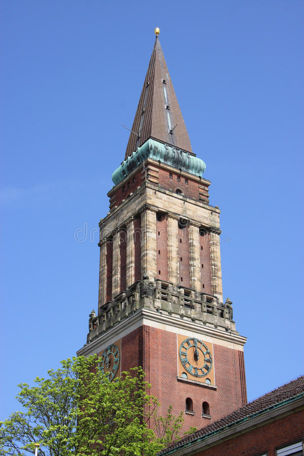 De toren van het Stadhuis van Kiel royalty-vrije stock afbeeldingen