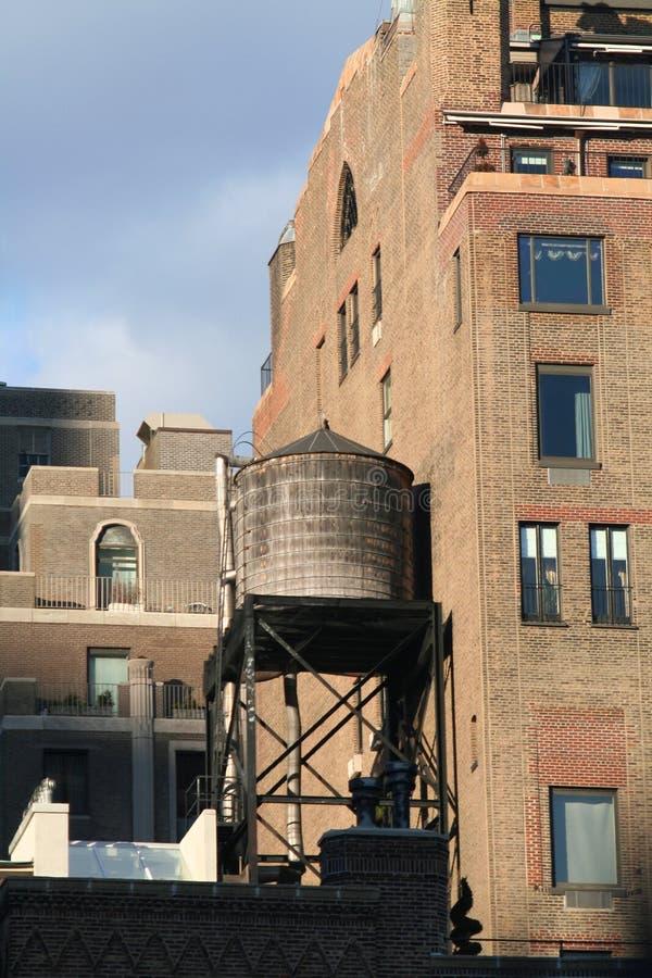 De toren van het water in NYC stock foto's