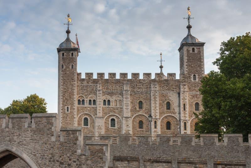 De Toren van Londen, is een historisch die kasteel op het noorden B wordt gevestigd royalty-vrije stock fotografie