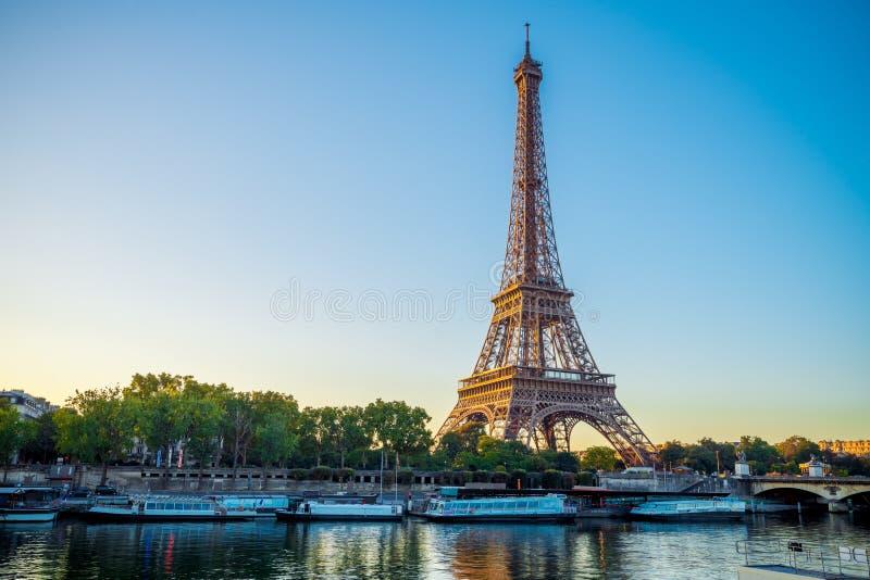 De Toren van Parijs Eiffel, Frankrijk royalty-vrije stock afbeeldingen