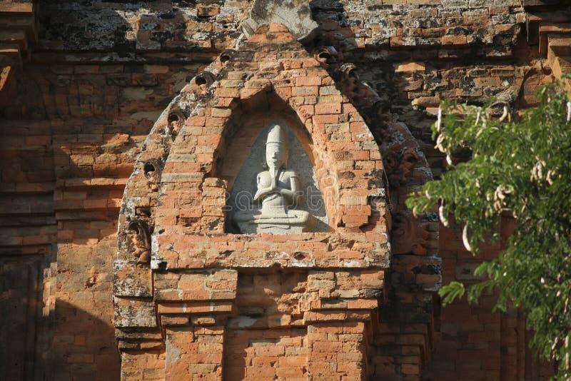 De toren van Poklongaraichampa royalty-vrije stock foto