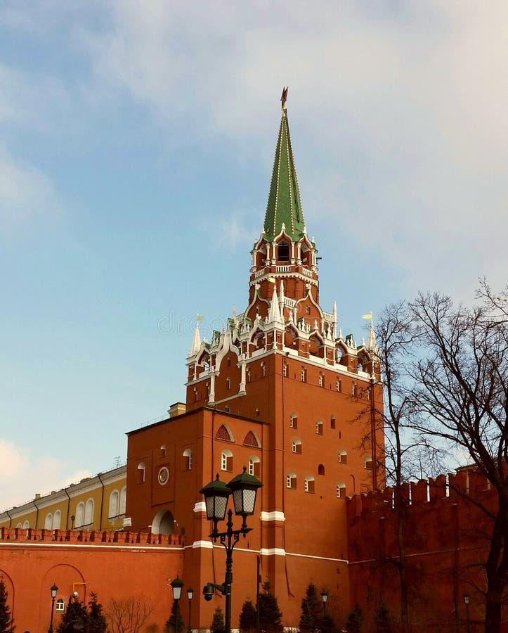 De toren van Troitskaya Moskou het Kremlin royalty-vrije stock afbeeldingen