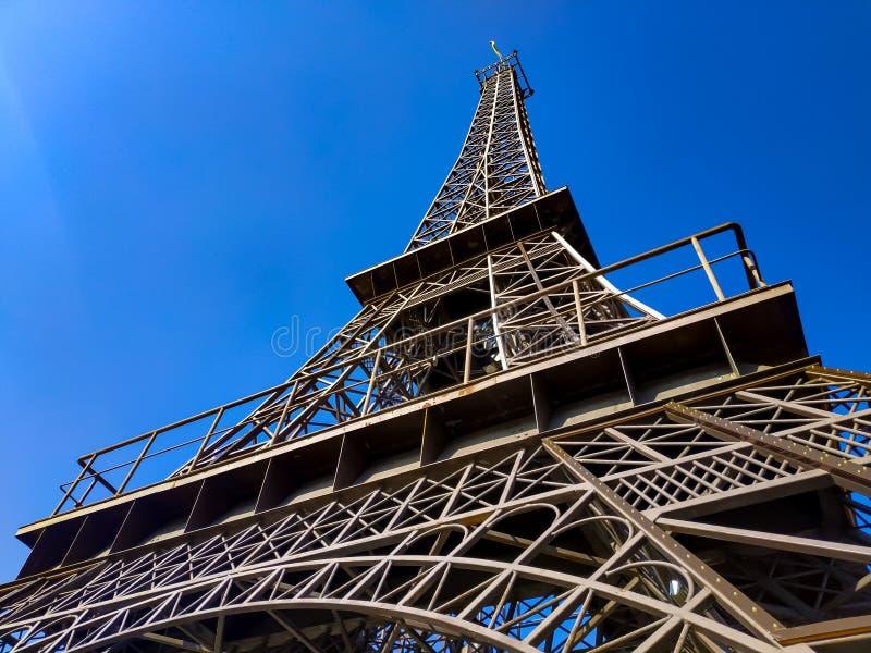 De Torenreplica van Eiffel stock afbeelding