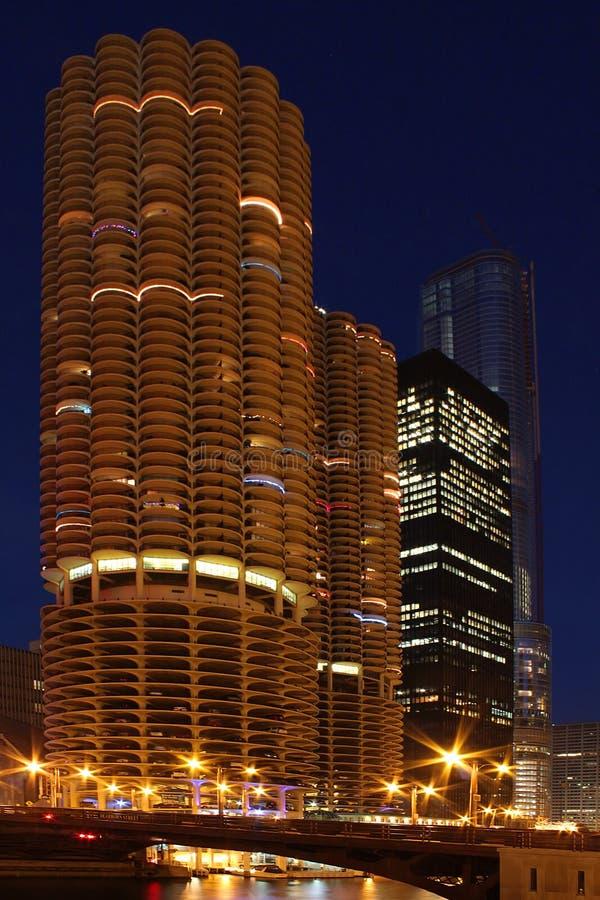 De Torens van de jachthaven in Chicago stock foto