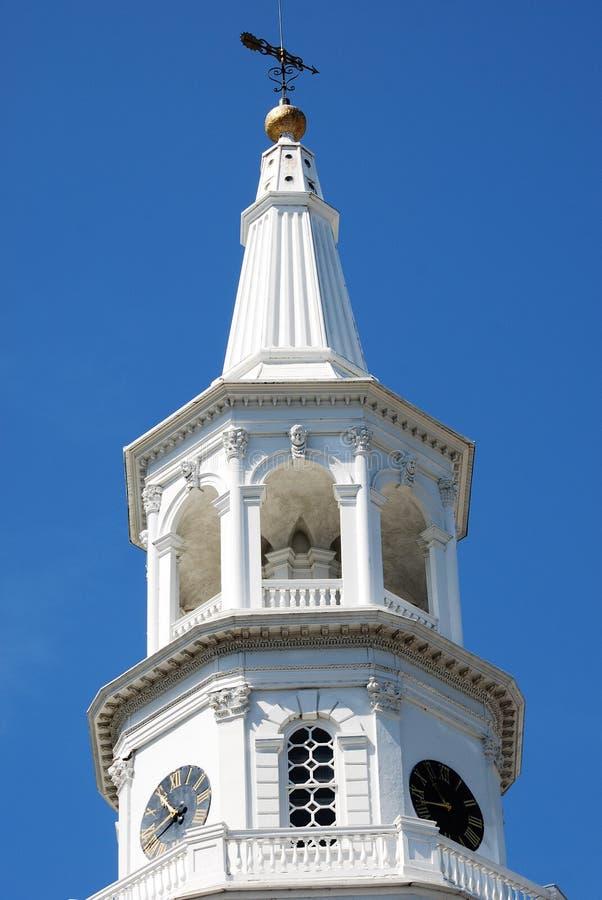 De torenspits van St Michael Kerk in Charleston van de binnenstad, Zuid-Carolina royalty-vrije stock afbeelding