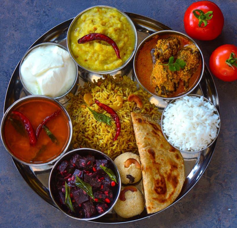 De traditionele maaltijd van andhra vegetarische thaali royalty-vrije stock foto