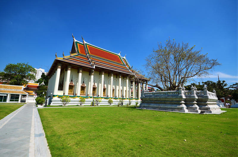 De traditionele Thaise Tempel van Boedha in Bangkok royalty-vrije stock fotografie