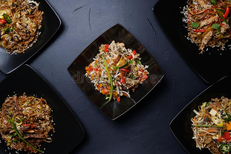De traditionele Vietnamese salades van de voedsel kokende ambacht royalty-vrije stock afbeelding