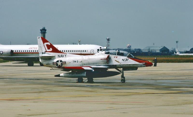 De Trainer van USN Ta-4J Skyhawk na een opdracht royalty-vrije stock afbeelding
