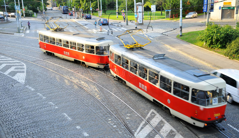 De Trams Nr 20 van Praag in Letná stock afbeeldingen