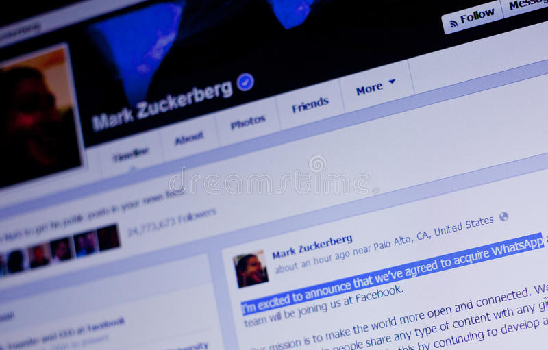 De transactieaankondiging van Mark Zuckerberg WhatsApp stock foto's