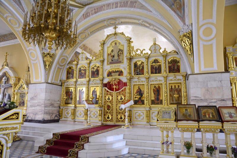 De tre saints katedral är den ortodoxa kyrkan i Mogilev Vitryssland arkivfoto