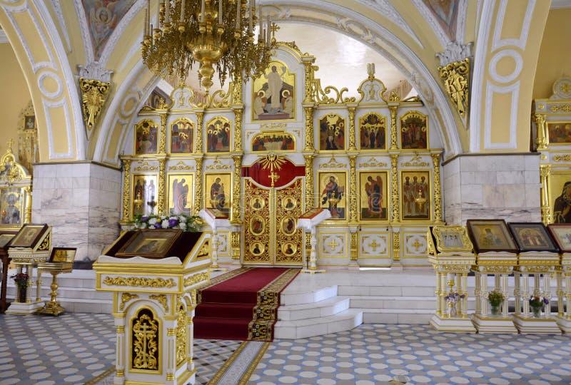 De tre saints katedral är den ortodoxa kyrkan i Mogilev Vitryssland royaltyfri foto