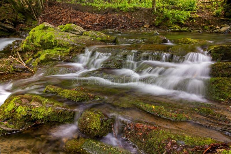 De treden van de waterval royalty-vrije stock afbeeldingen