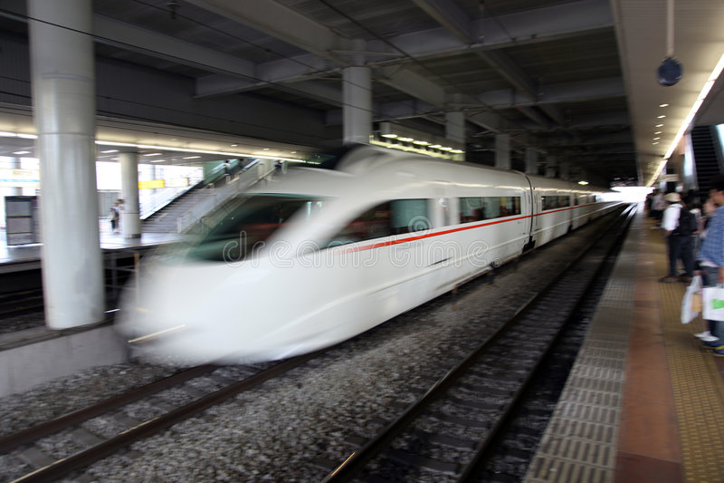 De trein van de hoge snelheid stock foto's