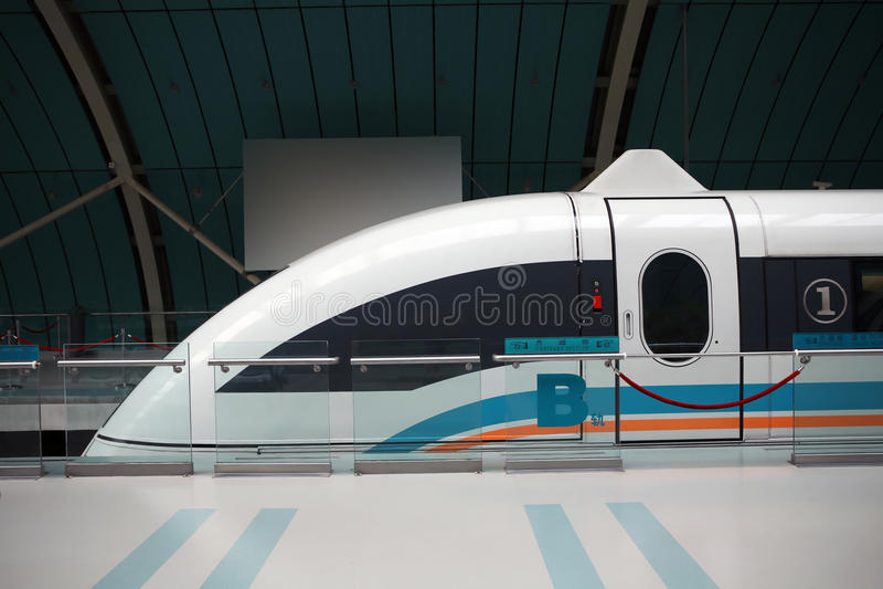 De trein van Shanghai maglev royalty-vrije stock afbeeldingen