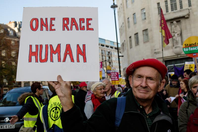 De Tribune tot Racisme Maart November 2018 Londen stock foto