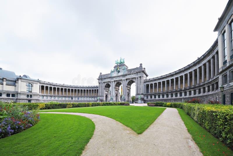 Triomfantelijke Boog in Cinquantennaire Parc in Brussel royalty-vrije stock foto