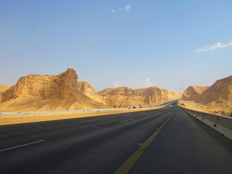 De trog van de weg de Woestijn royalty-vrije stock afbeelding