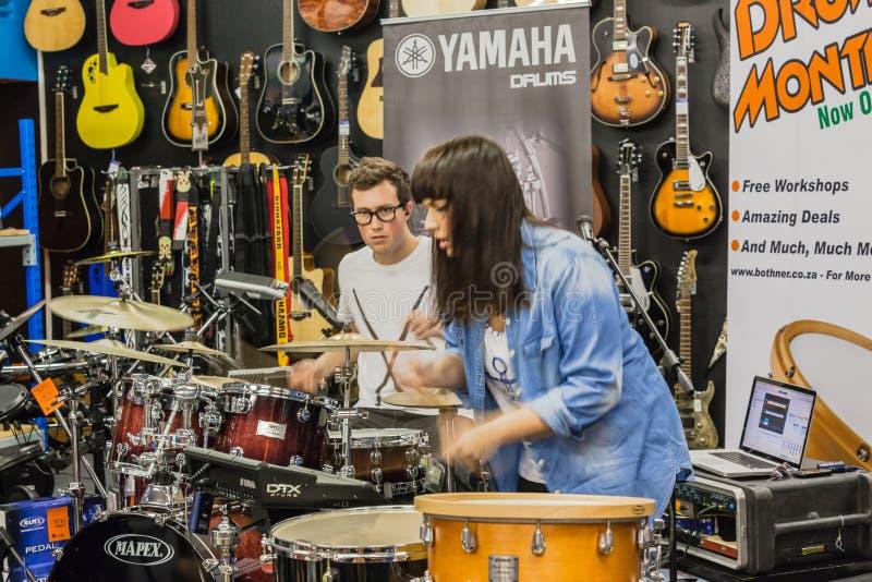 De Trommel Demo Performance van de muziekwinkel stock foto
