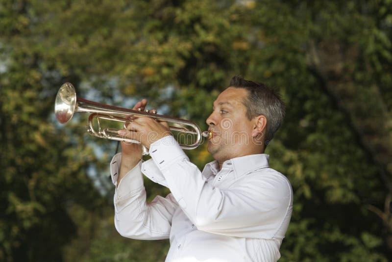 De trompetter van de jazz stock fotografie