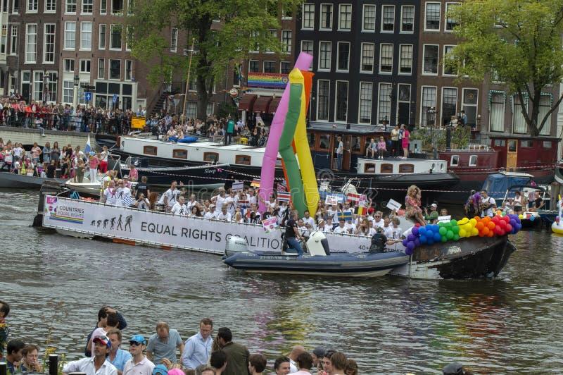 De Trotse LesBoot am Gay Pride Amstel River Amsterdam Niederlande 2019 stockbilder