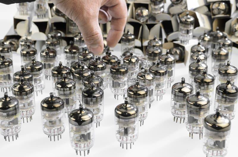 Download De Tube électronique électronique Photo stock - Image du transistor, vieux: 45371908
