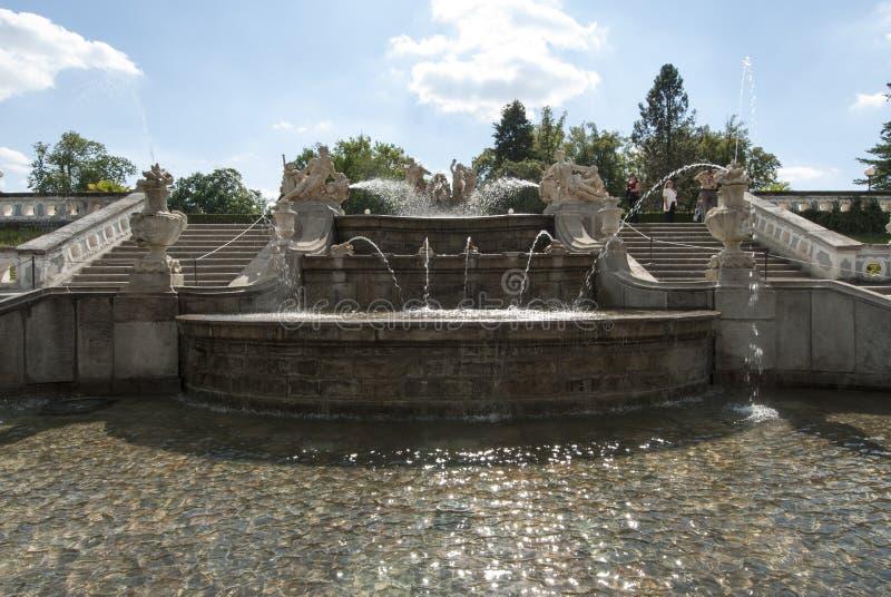 De tuin van het kasteel van cesky krumlov Tsjechische republiek Europa stock afbeeldingen