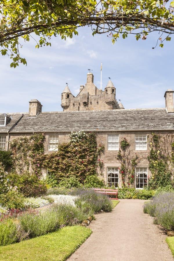 De tuinen van het Cawdorkasteel in Schotland stock foto's