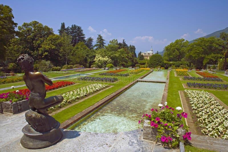 De Tuinen van villataranto, Meer Maggiore, Italië stock foto